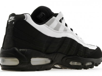 Fashion | Nike Air Max 95 Black & White