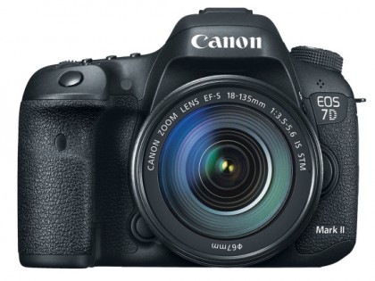 Tech | Canon EOS 7D Mark II DSLR Camera